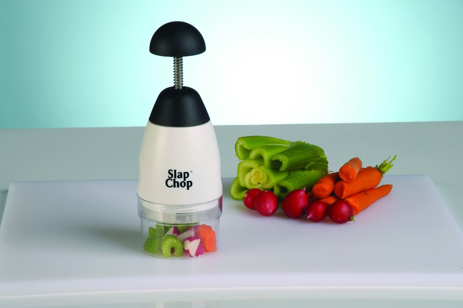8 Kitchen Gadgets the Home Chef in Your Life will Love (Just in Time ...